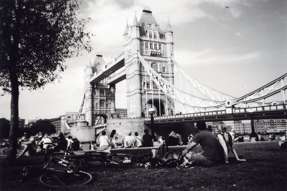 Tower Bridge Picnic, Southwark, by Ceci