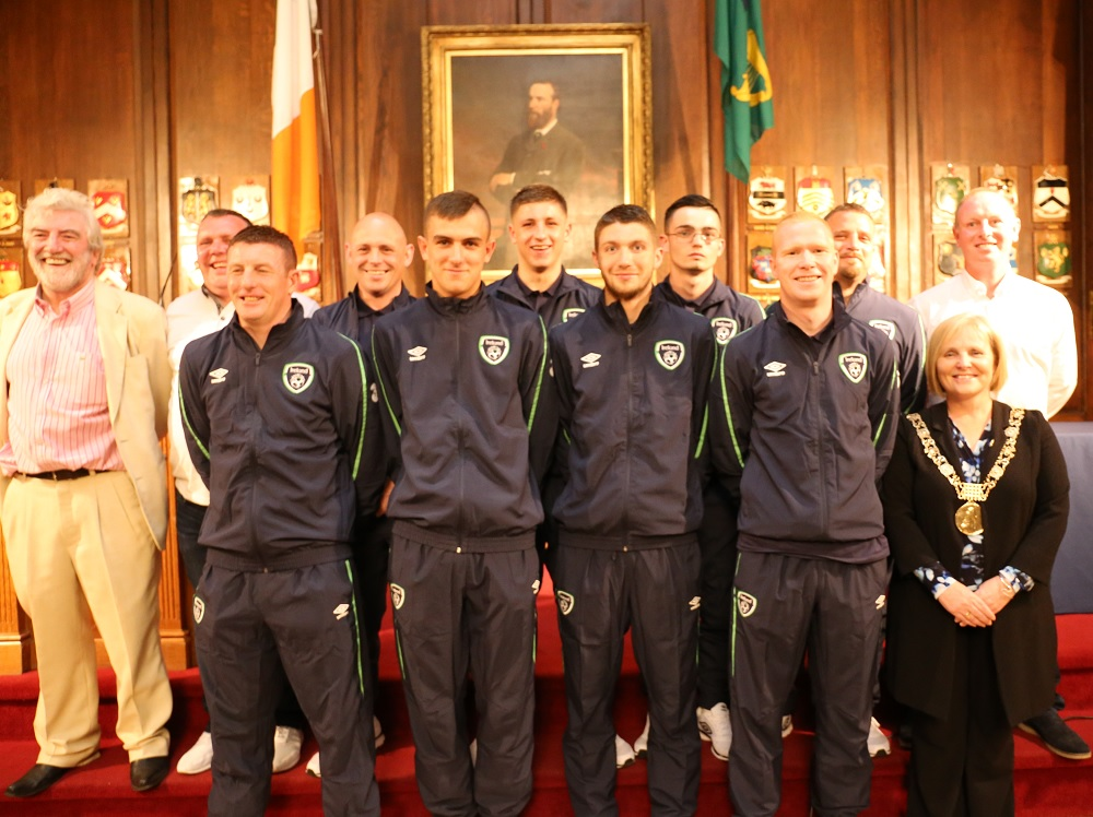 Ireland's Homeless World Cup team meet Dublin's Lord Mayor Criona Ni Dhulaigh. Photo: Ireland's Big Issue
