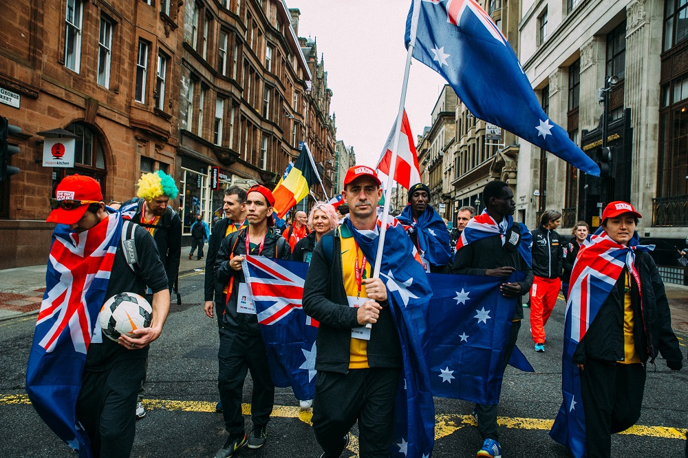 Australia squad during the opening ceremony parade. Credit: Daniel Lipinksi / Homeless World Cup