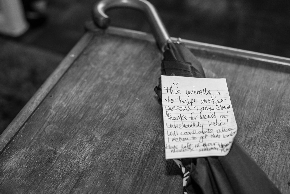 2. A thank you note left for Amr Arafa from one of his recent guests. Photo: Benjamin Burgess