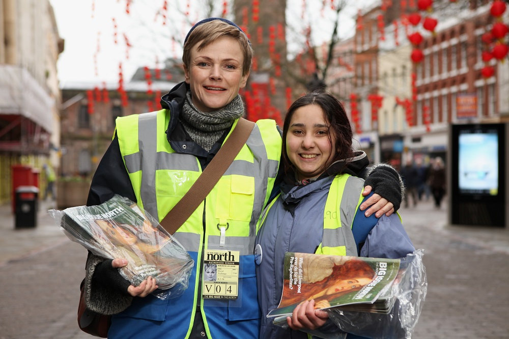 Actor Maxine Peake (left) pictured with Big Issue North vendor Monica in Manchester during #VendorWeek 2016.