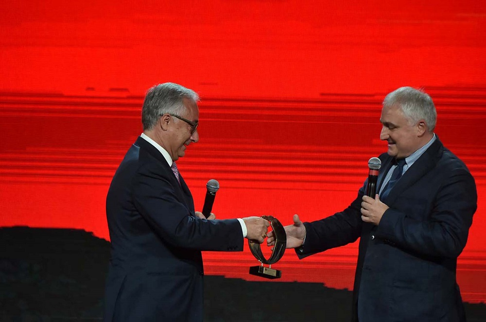 Stefano Lampertico receives the International award Biagio Agnes from the former Minister of the Italian Government Filippo Patroni Griffi