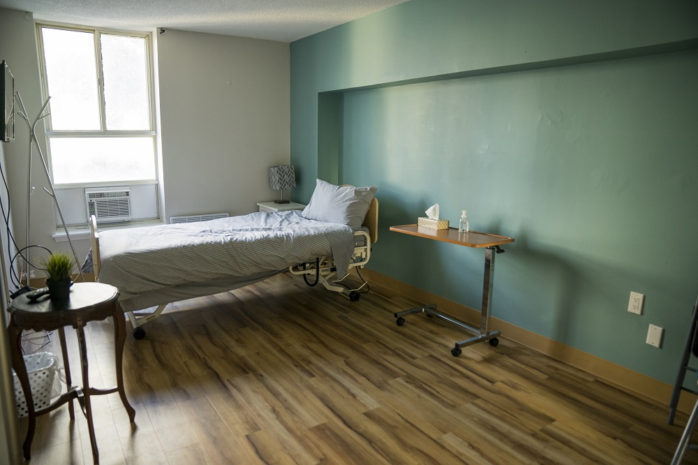 Journey Home Hospice room