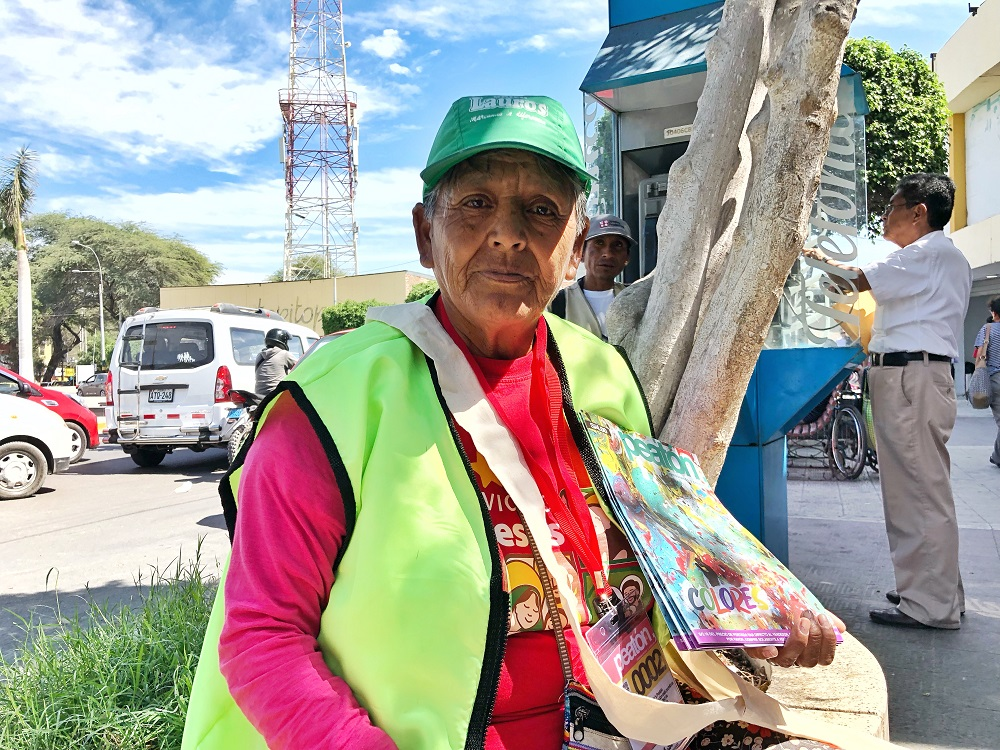 Peatón vendor Eremia. [Courtesy of Jorge Ledesma / Peatón]